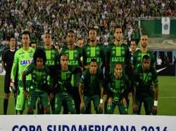 Twitterati Mourn Loss Brazilian Footballers Plane Crash