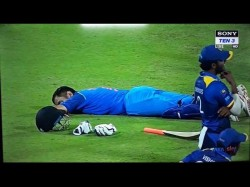 Video Ms Dhoni Sleeps On The Field As Crowd Trouble Stops Match Went Viral