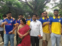 Hubballi Tigers Team Visited Mysuru Chamarajendra Zoo During Kpl