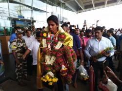 Poovamma Recieved Cash Prize Asian Medal From Cm Kumara Swamy