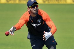 Kl Rahul Trolled In Twitter For His Bad Fielding Effort Against West Indies