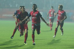Isl 2018 Cahill Choudhary Fire Jamshedpur Back Into Top Four
