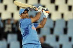 Dhoni Becomes 5th Indian Cricketer To Secure 10000 Odi Runs