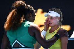 Australian Open Serena Williams Comforts Teenager After Third Round Victory