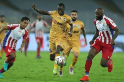 Isl 2019 Sougou Hands Mumbai Play Off Spot