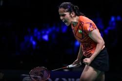 Senior National Badminton Saina Beats Sindhu 21 18 21 15 To Lift Title