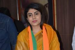 Ravindra Jadeja Wife Rivaba Jadeja Joins Bjp