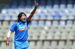Jhulan Goswami Wins Csjs Award For Best Sportsperson Of
