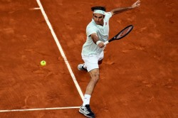 Roger Federer Wins On Long Awaited Clay Return