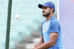 Injury Scare For Vijay Shankar On The Eve Of India S First Warm Up Match