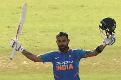 Cwc 2019 Kohli Smashes Tendulkar Record Fastest To Reach 11000 Odi Run Twitter Reaction