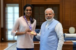 Pm Modi Meets Pv Sindhu Calls Her India S Pride After Bwf World Championships Gold