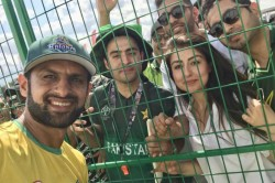 Pakistan Cricketer Shoaib Malik Slams Two Glass Shattering Sixes In Gt