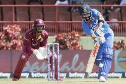 Kohli 19 Runs Away From Breaking Miandad S Record