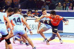 Pro Kabaddi Semi Finals Bengal Win Thriller To Face Delhi In Final