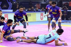 Pro Kabaddi League Bengal Warriors Close Points Gap With Dabang Delhi
