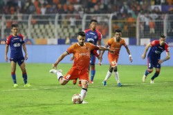 Isl 2019 High Drama As Goa Bengaluru Share Spoils