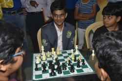 Nihal Sarin Teached Chess Lessons To Children In Bangalore