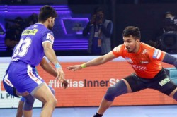 Pro Kabaddi 2019 Abhishek Arjun Steer U Mumba To Semi Finals