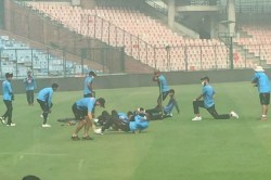 Bangladesh Cricketers Train Wearing Mask As Delhi Air Quality Dips Further