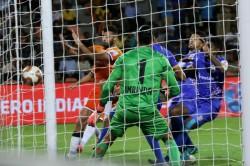 Isl 2019 Goa On Top In A Six Goal Thriller