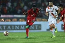 Isl Manvir Rescues Point For Goa With Last Minute Goal