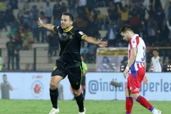 Isl Krishna Rescues A Point For Atk With Late Goal In Hyderabad
