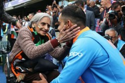 Indian Cricket S 87 Year Old Superfan Charulata Patel Passes Away