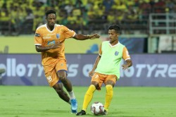 Isl Time Running Out For Kerala Hyderabad