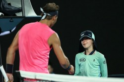 Australian Open 2020 Rafael Nadal Accidentally Hits Ball Girl