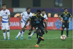Isl Eight Goals Later No Winner In Odisha