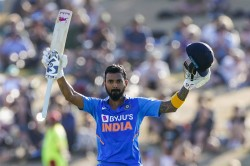 Kl Rahul Became First Indian Wicketkeeper To Score An Odi Century In New Zealand