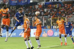 Isl 2020 Chennaiyin Survive Goa Onslaught To Reach Isl Final