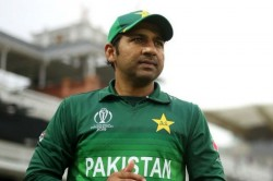 Sarfaraz Ahmed Set To Be Demoted In Pcb S New Central Contracts List