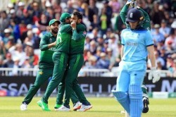 Pakistan Cricketers Reach England For Series