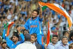 Virat Kohli Explains The Victory Lap After 2011 Wc Win