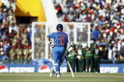 Former India Pacer Ashish Nehra Recalls Sachin Tendulkars Chancy Innings