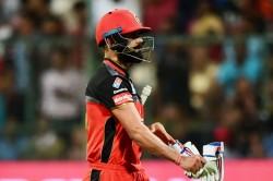Ipl 2020 Virat Kohli Nearly Applies Saliva On Ball Sachin Tendulkar Reacts