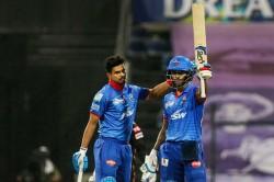 Ipl 2020 Qualifier 2 Delhi Capitals Set Good Target For Sunrisers Hydearbad
