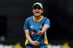 Former Pakistan Women S Captain Sana Mir Tests Positive For Covid