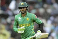 Pakistan All Rounder Shoaib Malik Met With Car Accident