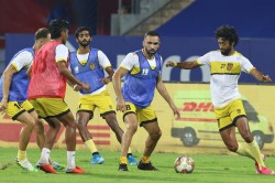 Isl Straight Shootout For Final Playoff Berth Between Goa And Hyderabad