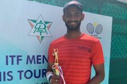 Itf Men S Tennis Tourney Karnataka S Niki Poonacha Caps Dream Run With Trophy