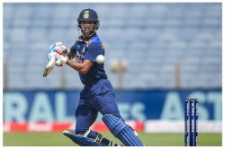 India Vs Sri Lanka After Winning The Toss Dhawan Has An Unplanned Celebration Video
