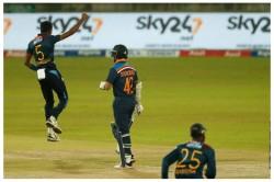 India Vs Sri Lanka Twitterati S Disappointment On Shikhar Dhawan And Sanju Samson